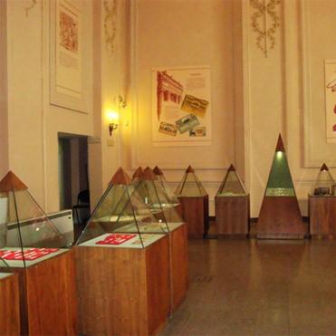 sesiona-taller-de-investigaciones-historicas-y-museologicas