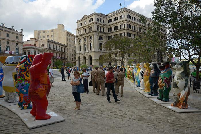 exposicion-united-buddy-bears-foto-nestor-marti