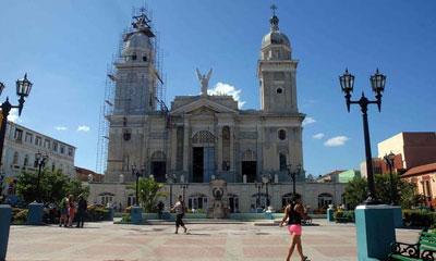 bicentenaria-cupula-de-iglesia-catedral-se-reviste-de-cobre