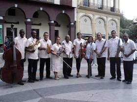 conciertos-didacticos-con-la-orquesta-danzonera-piquete-tipico-cubano
