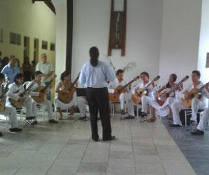 orquestas-de-guitarra-de-cuba-confluyen-en-las-tunas
