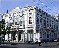 bibliotecarios-cubanos-debaten-en-cienfuegos-sobre-promocion-de-la-lectura
