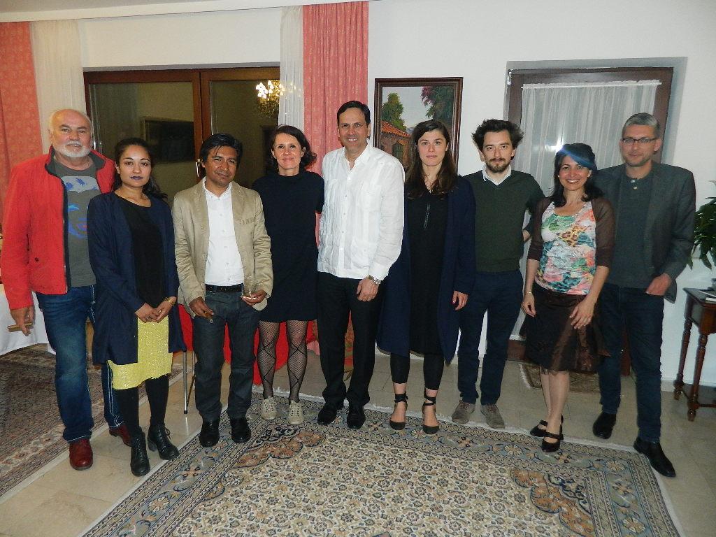 embajador-se-encuentra-con-artistas-austriacos-que-participaran-en-la-proxima-bienal-de-la-habana