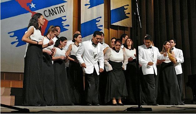 la-schola-cantorum-coralina-mucho-trabajo-y-muchos-premios