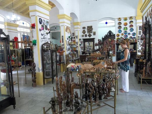 celebra-25-anos-filial-cienfueguera-del-fondo-cubano-de-bienes-culturales