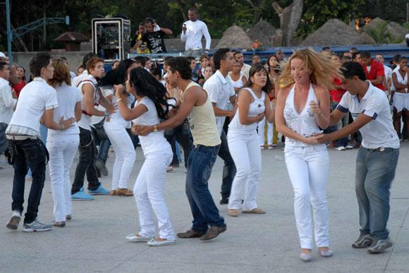 festival-provincial-de-ruedas-de-casino-en-mayabeque