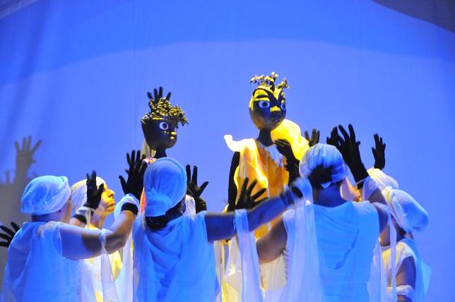 shango-de-ima-un-verdadero-suceso-teatral-hoy-en-su-ultima-funcion-en-el-teatro-mella-de-esta-capital