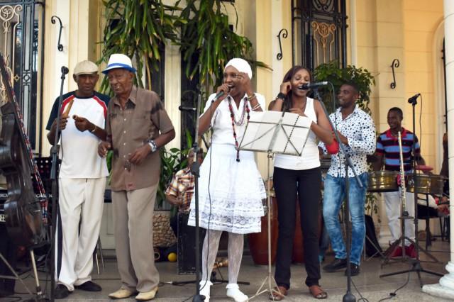 cubadisco-tributo-al-grupo-manguare-por-sus-45-anos