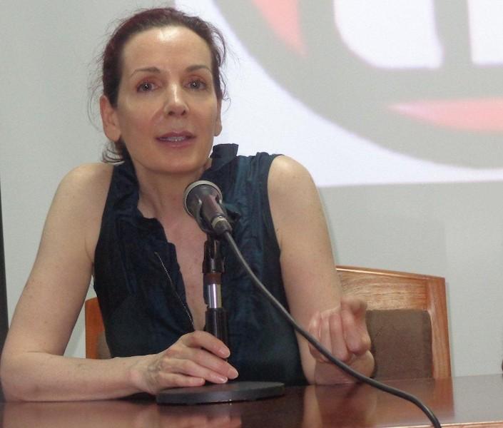 la-actriz-y-poetiza-helene-cardona-en-el-primer-festival-de-poesia-itinerante-nuestra-america-foto-susana-mendez-munoz
