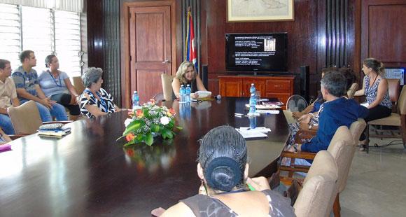 clausurado-encuentro-internacional-la-preservacion-del-patrimonio-documental-en-las-bibliotecas-de-iberoamerica-por-susana-mendez