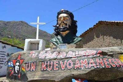 recuerdan-al-che-en-bolivia-como-continuidad-de-la-lucha-antiimperialista-por-astrid-barnet