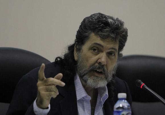 ministro-cubano-ofrecera-conferencia-en-belgica