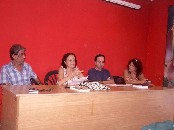 presentan-libro-sobre-arte-cubano-y-critica-en-los-anos-90-por-adalys-perez-suarez
