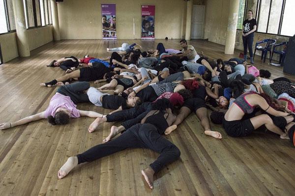 fleur-darkin-y-danza-contemporanea-de-cuba-rompiendo-mapas-danzarios-por-dailys-rodriguez-leon