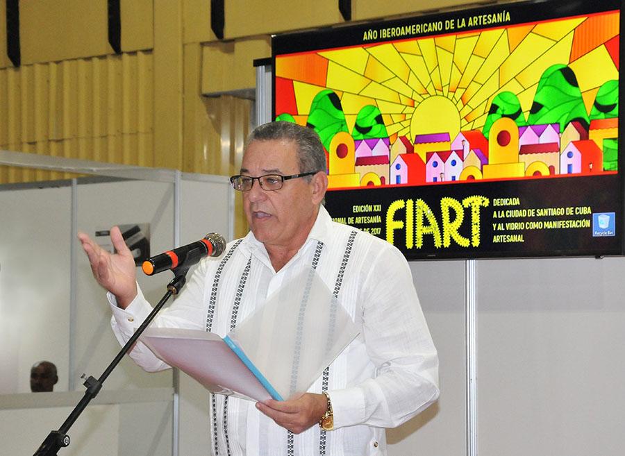 arturo-valdes-curbeira-director-del-fondo-cubano-de-bienes-culturales-foto-juan-c-borjas