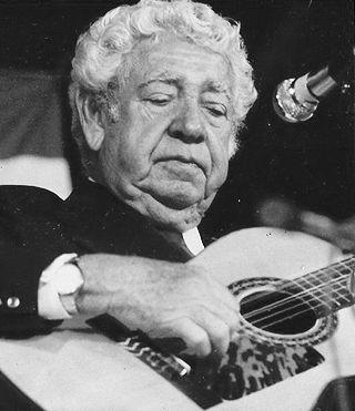 carlos-puebla-el-cantor-del-pueblo-cumplio-cien-anos-por-lino-betancourt-molina