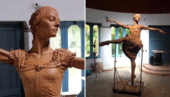 develaran-escultura-de-alicia-alonso-en-el-gran-teatro-de-la-habana