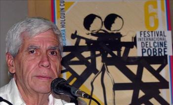 humberto-solas-la-havane-1941-2008-est-lune-des-figures-emblematiques-de-la-cinematographie-du-tiers-monde-son-film-lucia-est-considere-par-la-critique-internationale-comme-lun-des-dix-films-les-plus-importants-de-lhistoire-du-cinema-latino-americain