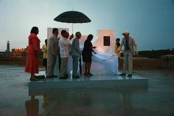 """Recibimiento de título de """"Ciudad Maravilla"""" de La Habana."""