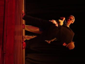 Imágenes de pieza de teatro LACTOSOY.